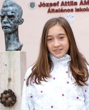 Tóth Lili Anna